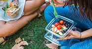 10 Makanan Yang Bagus Untuk Mengusir Jerawat