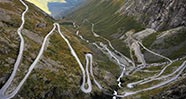 10 Jalan Di Dunia Dengan Pemandangan Paling Indah