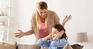 10 Tanda Kamu Memiliki Toxic Parents