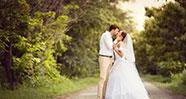 10 Hal Yang Bisa Menjaga Pernikahan Tetap Awet