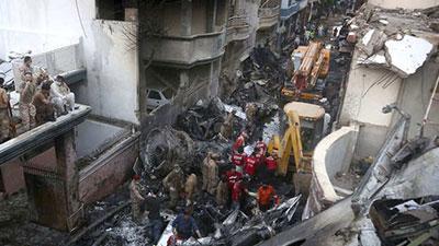 pakistan airplane crash