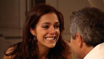 menangis bahagia