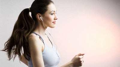 olahraga dengarkan musik