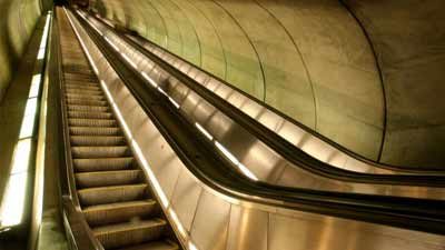 pegangan eskalator