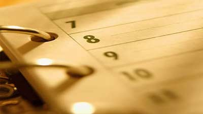 Agenda atau catatan topik pembicaraan dapat benar-benar membantu menciptakan meeting yang efektif