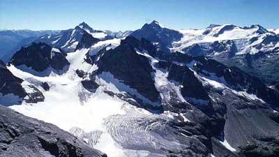 Pengunungan Alpen terancam merupakan salah satu tempat yang mungkin akan hilang dalam waktu relatif dekat