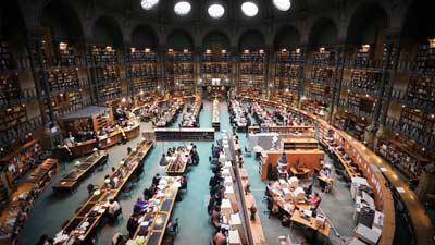 Bibliotheque Nationale de France adalah salah satu perpustakaan terbesar di dunia