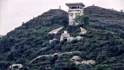 Fengdu di Cina merupakan kota setan yang menjadi tempat pemberhentian terakhir roh orang mati