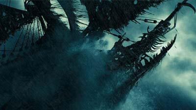 The Flying Dutchman adalah salah satu kapal berhantu paling terkenal di dunia