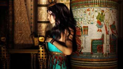 Hathor adalah Dewi Mesir yang melambangkan cinta