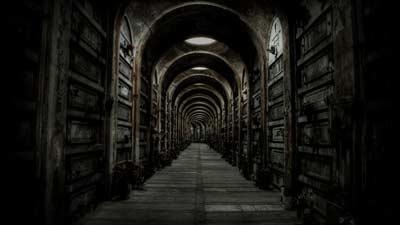 Josefa Mendez menggambarkan neraka sebagai koridor gelap dan tiada akhir