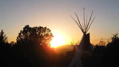 Kisah Wi dan Hanwi dalam mitologi Lakota yang memulai Siang dan Malam
