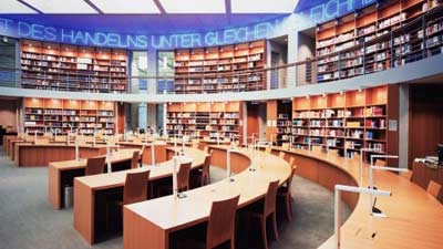 Library of The Russian Academy of Science adalah salah satu perpustakaan terbesar di dunia