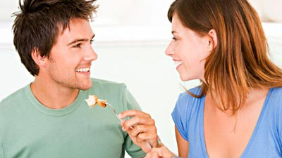 Ternyata cinta memang dapat membuat semuanya terasa manis termasuk makanan dan minuman