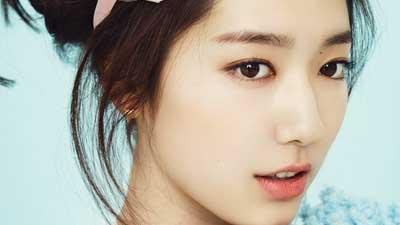 Park Shin Hye adalah artis cantik Korea yang tidak pernah operasi plastik