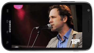 Nonton televisi secara streaming melalui smartphone Anda