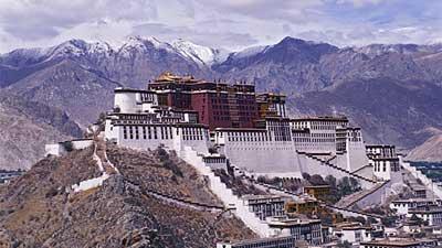 Tibet adalah tempat di Cina tepatnya Himalaya yang terancam akan tidak bisa dkunjungi turis