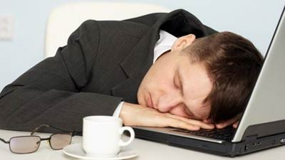 Tidur Siang Selagi Kerja