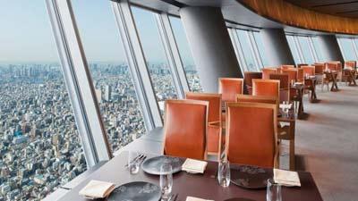 Tokyo Skytree atau tepatnya Sky Restaurant adalah salah satu restoran tertinggi dunia