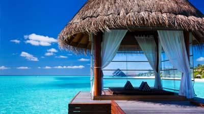 Bora Bora adalah salah satu tempat wisata tujuan pria single