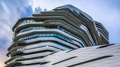 Arsitektur dan panoramana di Hong Kong adalah salah satu alasan untuk pria single datang ke Hong Kong