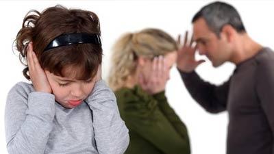 Keluarga yang terpecah belah dan disfungsional