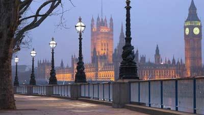 London adalah salah satu tempat wisata pria single karena sejarah dan kebudayaannya