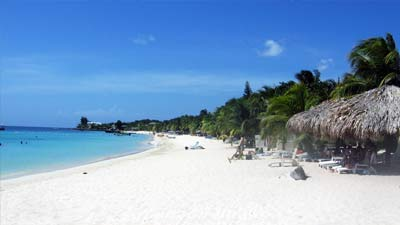 Pantai karibia indah pasir putih