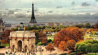 Paris merupakan salah satu tempat wisata tujuan pria single