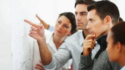 Pendengar yang baik dalam tim kerja