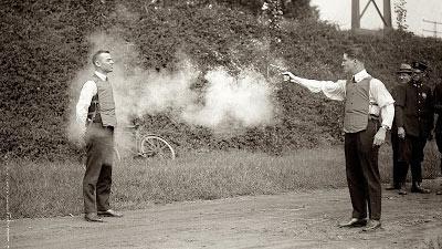 Uji coba rompi anti peluru terdahulu