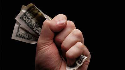 Salah satu alasan terbesar mengapa seseorang takut melakukan investasi adalah tidak berkecukupan
