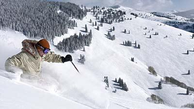 Vail di Colorado US adalah salah satu tempat tujuan wisata pria single