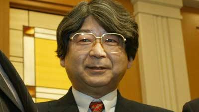 Yasuhiro Fukushima adalah pendiri Enix dan merupakan salah satu orang terkaya di industri game