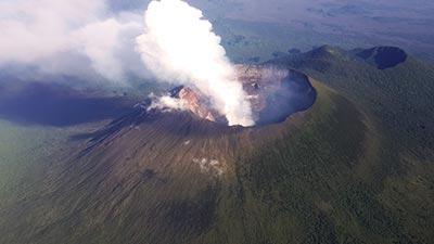 gunung nyiragongo