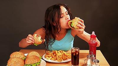 makan tidak teratur