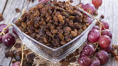 grapes and raisins