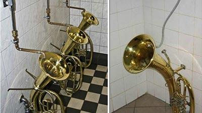 toilet trombone