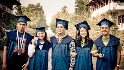 Artikel top 10 universitas terbaik indonesia 2014 versi tahupedia