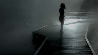 sendirian di sungai
